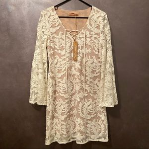 NWT Bronte (Sundance) white lace overlay dress